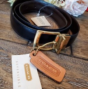NWT COACH Leather Reversible Belt